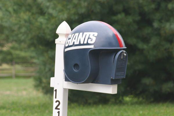 Briefkasten als football helm einsichten aus der neuen welt for American briefkasten